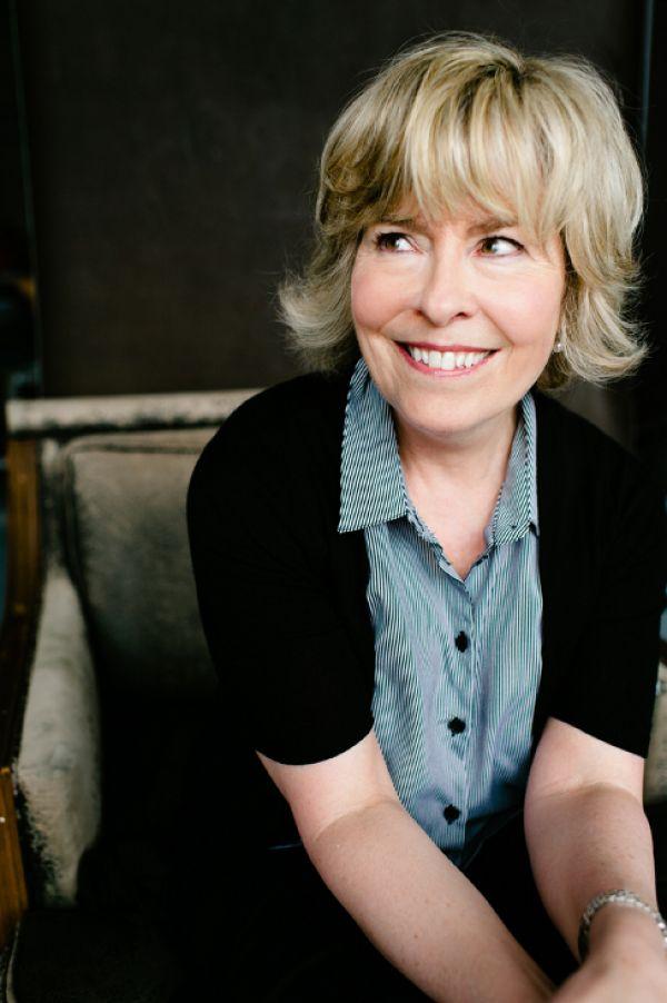 Suzanne Aubry Net Worth